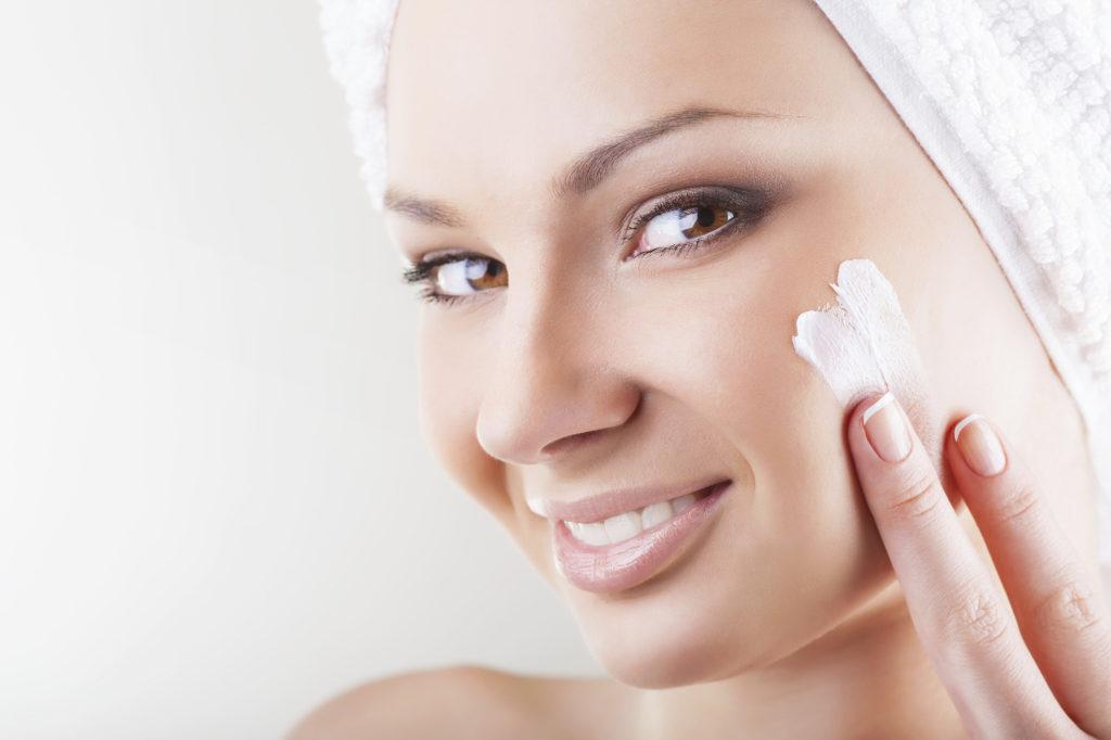 как выровнять кожу лица в домашних условиях